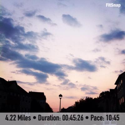 I ended the week gorgeous sunset as the backdrop for Sunday's run