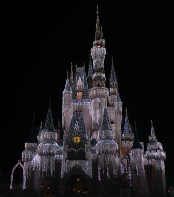 One of the many things Im looking forward to seeing next month at Disney is the decorated castle!